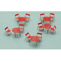 Lot de 10 chaises et 5 tables rondes